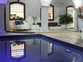 Pousada Boulevard, guest house in Cabo Frio