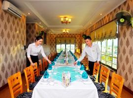 Central Hotel, hotel in Quảng Ngãi