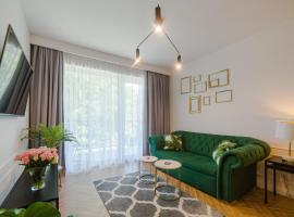 Apartament 59 Dwie Sosny, hotel with jacuzzis in Ustronie Morskie