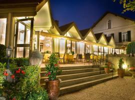 Hôtel Relais d'Aumale, hôtel à Orry-la-Ville près de: Parc Astérix