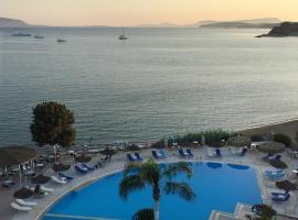 Hotel Golden Sun, ξενοδοχείο στη Φοινικούντα