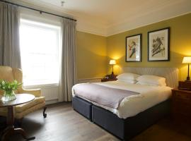 The Manor at Sway – Hotel, Restaurant and Gardens, hotel in Sway