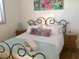 Zen Escape Guest House, B&B in Brisbane