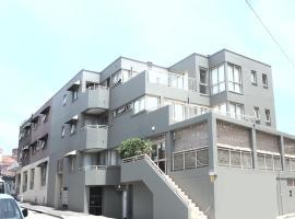 Cityview Studio Accommodation, íbúð í Sydney