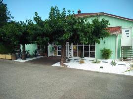 Fasthotel Avignon Nord Le Pontet, hotel en Le Pontet