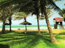 Kololi Beach Resort, hotel in Kololi
