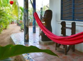 Hotel Villa Mozart y Macondo, hotel in Puerto Escondido