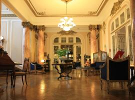Grand Boutique Hotel, hotel in Bucharest