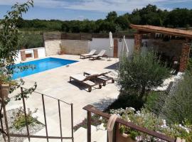Villa Mimosa, luxury hotel in Novigrad Istria