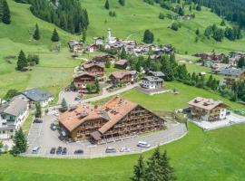 Garnì Princess Apartments, Ferienwohnung in Canazei