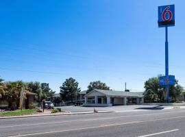 Motel 6-Kingman, AZ - Route 66 West, hotel sa Kingman