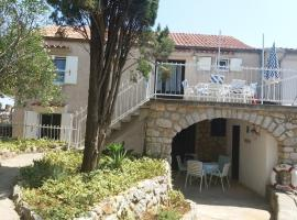 Apartment 4m Cunski, hotel near Losinj Airport - LSZ,