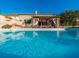 villa sisman, hotel near Zadar Airport - ZAD,