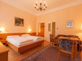 Pension Elfy, Bed & Breakfast in Baden