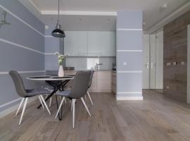 Dwie Sosny - Apartament 48, hotel with jacuzzis in Ustronie Morskie