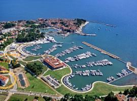 Apartments Nautica, hotel in Novigrad Istria