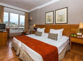 Leonardo Hotel Granada, hotel near Plaza de Toros, Granada