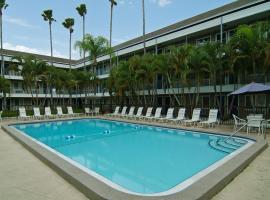 Lantern Inn & Suites - Sarasota, budget hotel in Sarasota