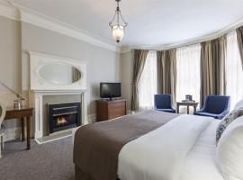 Chateau Versailles, hotel near Saint Joseph's Oratory, Montreal