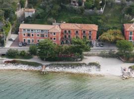 Hotel Residence Sirenella, hotel in Torri del Benaco