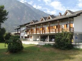 Hotel Petit Foyer, hotel ad Aosta