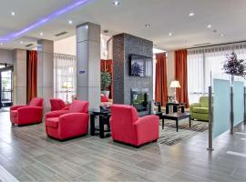 Best Western Plus Toronto North York Hotel & Suites, hotel in Toronto