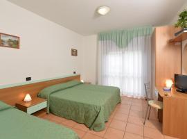 Hotel Etna, hotell i Lignano Sabbiadoro