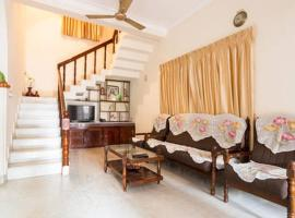 Renovated 4 bed holiday home 1110 Don Bosco Cross Rd Vaduthala Ernakulam, hotel in Cochin