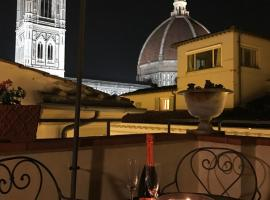 Romantic Terrace, apartment in Florence
