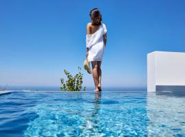 Nova Luxury Suites, serviced apartment in Pyrgos