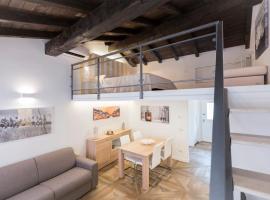 Luxury Apartment Milano Centro, luxury hotel in Milan