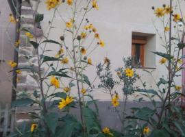 Valvanera 30, hotel near San Millán de Suso and San Millán de Yuso Monasteries, Berceo