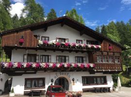 Hotel Al Larin, hotel in Cortina d'Ampezzo