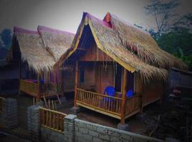 Tereng Wilis bungalows, family hotel in Tetebatu