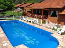 Hotel Altos del Rincon, hotel in Merlo