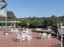 Hotel Riu Fluviá, hotel a Olot