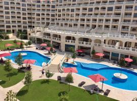 PSB Apartments in South Bay Beach Residence, хотел във Варна