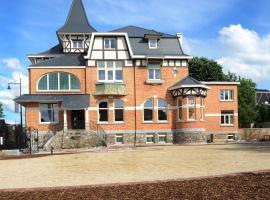 Charmehotel Villa Saporis, hôtel à Hasselt