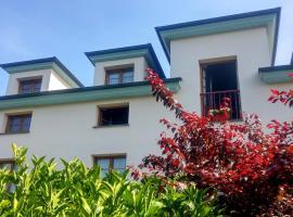 Las Casonas de Avellaneda, hotel in Navia