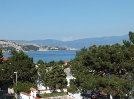Apartments More, pet-friendly hotel in Baška