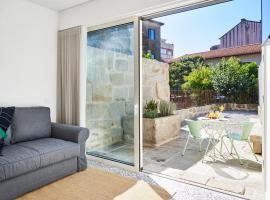 Pause Apartments, hotel in Porto