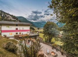 Mountain and Soul Lifestyle Hotel, hotel in Ramsau im Zillertal