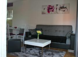 Apartment Antonia, room in Sinj