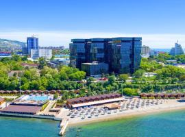 Golden Bay Premium Apart-hotel, apartment in Anapa