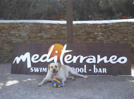 Hotel Mediterraneo, ξενοδοχείο κοντά σε Παραλία Τρεις Κλησιές, Ίος