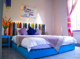 Shmily Homestay, pet-friendly hotel in Hue