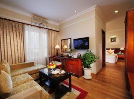 First Hotel, hotel in Tan Binh, Ho Chi Minh City