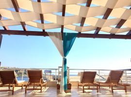 Aphrodite Garden Rooms & Apartment, Hotel in Himarë