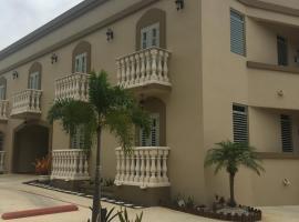Tropical Ramey Apartments, hotel in Aguadilla