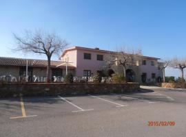 L'Ermita Casa Ripo, hotel in Vall d'Alba